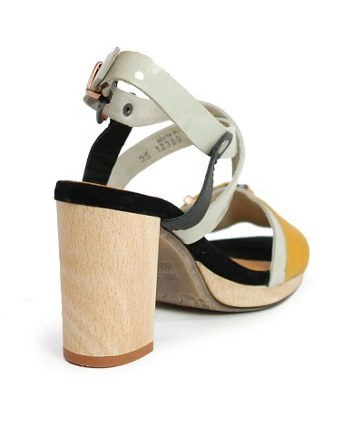Sandal Enya Dkode
