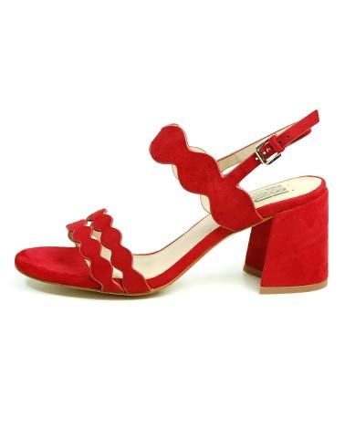 Sandália vermelha Bibi Lou.